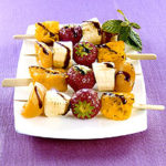 Kebab de fruits et sauce chocotella